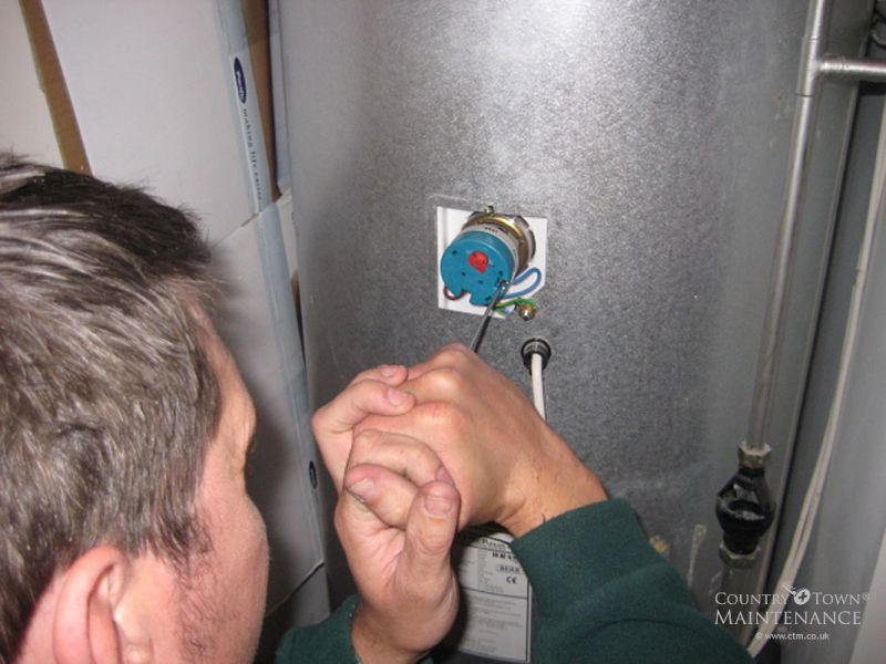 07801295368 Electrical problems on Immersion heater In Staines, Egham Hythe