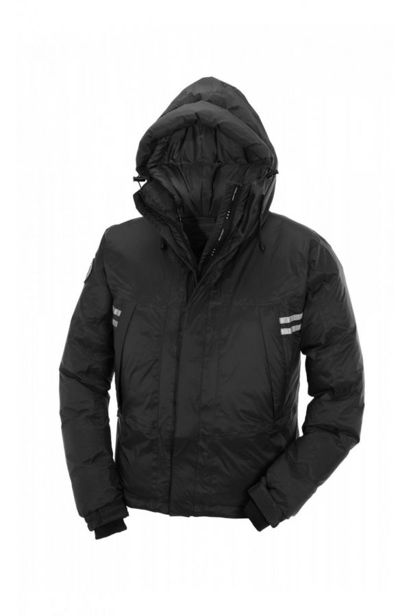 Canada Goose Mountaineer Jacket Men Black