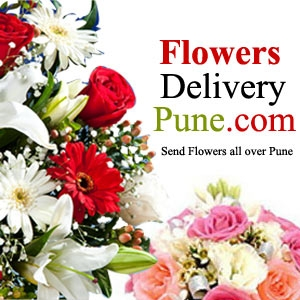 Charming Floral bouquets as Complemented with Tasty Treat