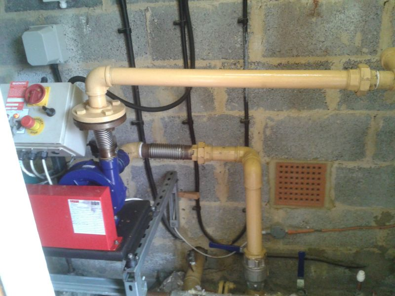 07801295368 Chigford Radiator Central Heating System Fitters London