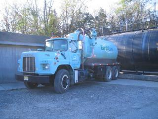 Used 1993 Mack Rd690s Heavy Duty Truck For Sale in New York Montgomery