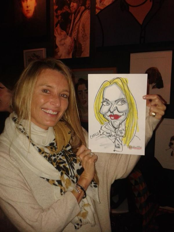 Caricaturist Entertainment at Parties