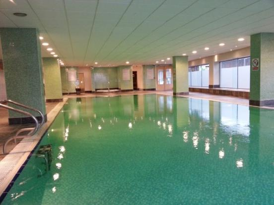 3 Bedroom 2 Bathroom City Centre Ng1 3nx Furnished Flat With Free Swimming Pool Parking Gym