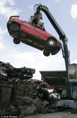 ALL SCRAP CARS WANTED FOR CASH FROM £120 TO £500 CALL MIKE ON 07854614241