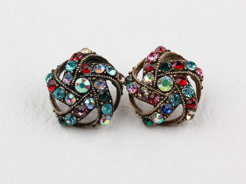 Exotic Style Rhinestone Studs Earrings